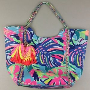 Lilly pulitzer Exotic Garden Reversible Pool Tote
